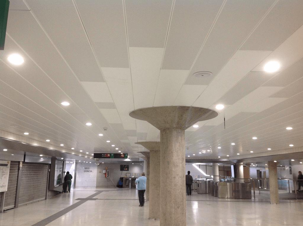 Falso Techo Metálico Panel Ancho